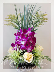Vesuvio :: a Le Jardin Signature Flower Arrangement